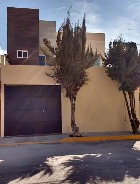 Casa de dos pisos de 180 m² de construcción ¡perfecta para familia en Estado de México! | homify