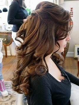 Best Hairstyle For Oval Face Women 2012 Medium Length Hair Styles Half Up Hair Curly Hair Styles