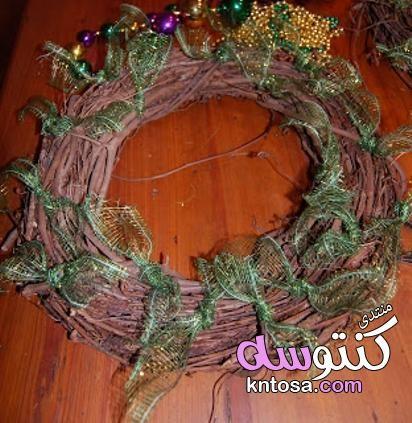 طريقه عمل زينه الكريسماس2019 اجمل زينه للبيت يوم راس السنه الميلادية بالخطوات عمل تحفة فينة للاعياد Grapevine Wreath Grape Vines Decor