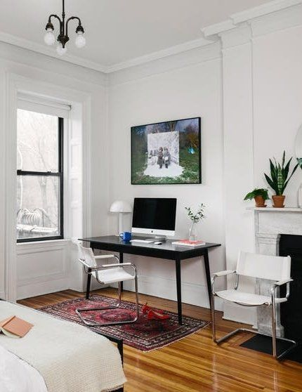 A Cup Of Jo Editor Shares 6 Real Life Lessons On How To Cope With A Teeny Apartment Simple Apartment Decor Dyi Apartment Decor Apartment Decor
