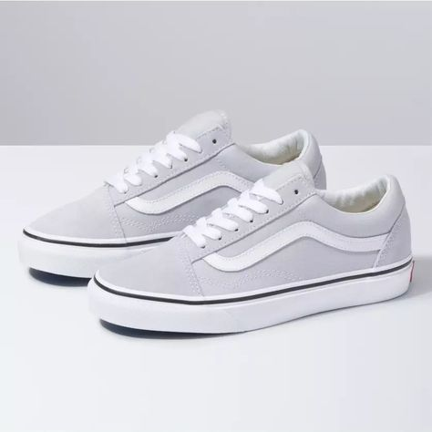 Shop Classic Shoes At Vans. Terrific Old Skool The featured image was randomly selected. Women's Shoes, Shoes 2018, Skate Shoes, Buy Shoes, Me Too Shoes, Shoes Style, Casual Shoes, Shoes Sneakers, Platform Shoes