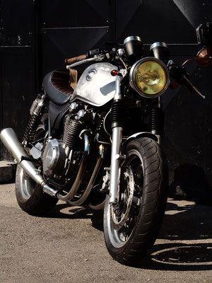 Kawasaki 750 Zephyr Cafe Racer Parabellum Motorcycle Preparation Moto Cafe Racer Occasion Moto A Restaurer Moto Ca Cafe Racer Vente Moto Preparateur Moto