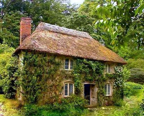 Casa Acoperita Cu Stuf In Marea Britanie Thatched Roof