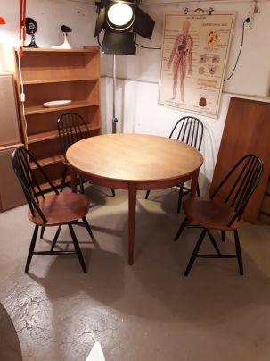 Table Scandinave En Teck Massif 110xh72 Ou 160 210 Avec Allonges 4 Chaises Carl Malmsten Par Hagafors Dispo A Mobilier Mobilier De Salon Mobilier Ancien