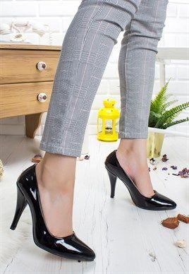 Tullia Siyah Rugan Bayan Stiletto Ayakkabi Ayakkabilar Siyah Rugan Ve Stiletto