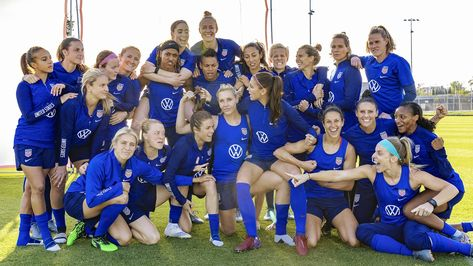 These 23 Women Are Ready To Win The World Cup Again Usa Soccer Women Usa Soccer Team Women S Soccer Team