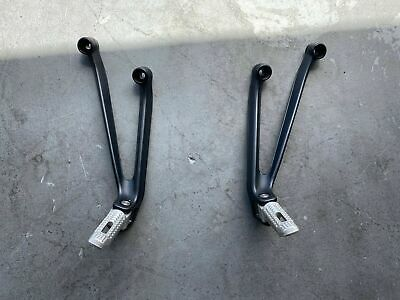 09 10 11 12 Bmw S1000rr S 1000 Rr Rear Passenger Peg Set Pair In 2020 Bmw S1000rr Motorcycle Parts And Accessories Bmw