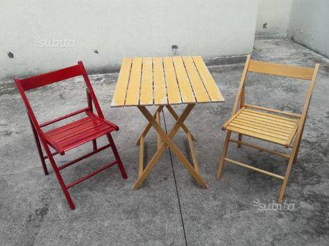 Sedie Legno Pieghevoli Prezzi.Vendo 8 Sedie Pieghevoli In Legno 1 Tavolino Pieghevole In Legno
