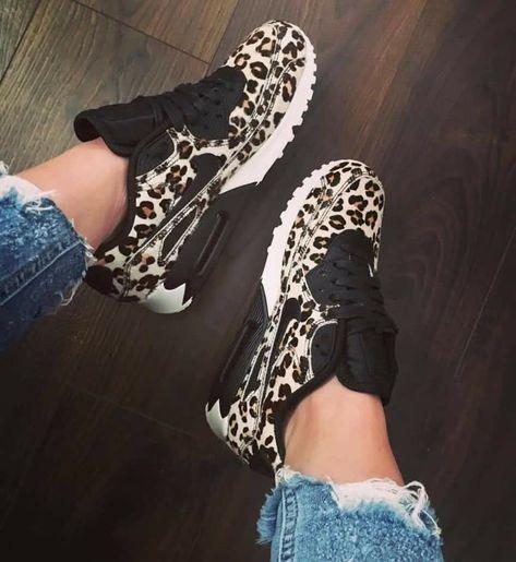 Black White Leopard Print NIKE Roshe Run daaaaahhhh I need