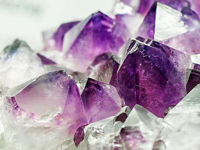 How To Tell If A Gemstone Is Real February Birth Stone Crystals Purple Gems