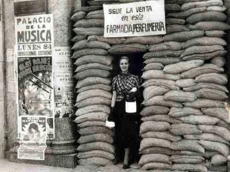 Farmacia durante la Guerra Civil.