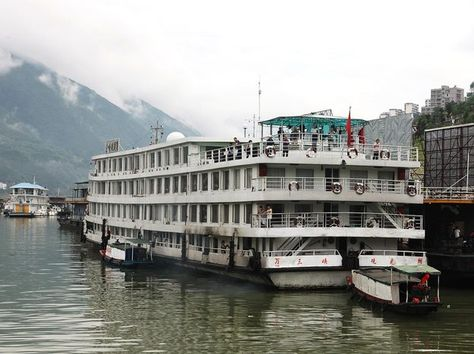 Kenji's Excellent Asian Adventures, Part 6: This is Not the Cruise You're Looking For