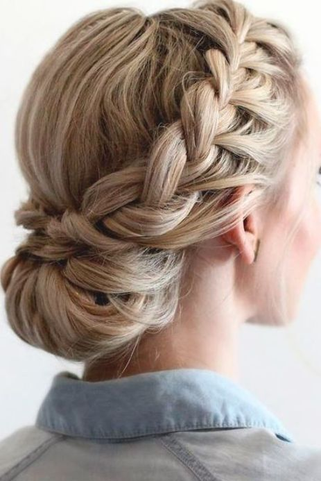 35 Breath-taking Braided #WeddingHairstyles to Shine
