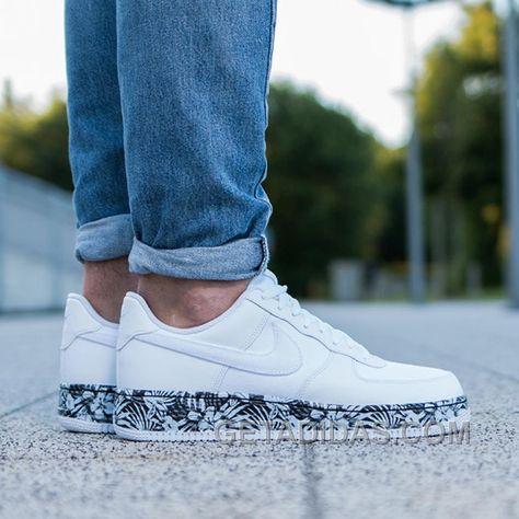 De 286 beste afbeeldingen van Shoes | Schoenen, Sneaker, Kleding