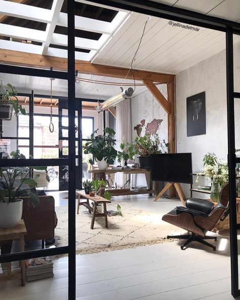 Industrial Interiordesign Bathroom: Jellina- Interior Blogger (jellinadetmar) Instagram