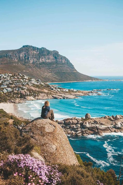 Looking for the most romantic things to do in Cape Town on every budget? Here's the ultimate couples guide to Cape Town and what to do in the Mother City. Cool Places To Visit, Places To Travel, Travel Destinations, Places To Go, Visit South Africa, Cape Town South Africa, South Africa Safari, Cape Town Photography, Romantic Things To Do