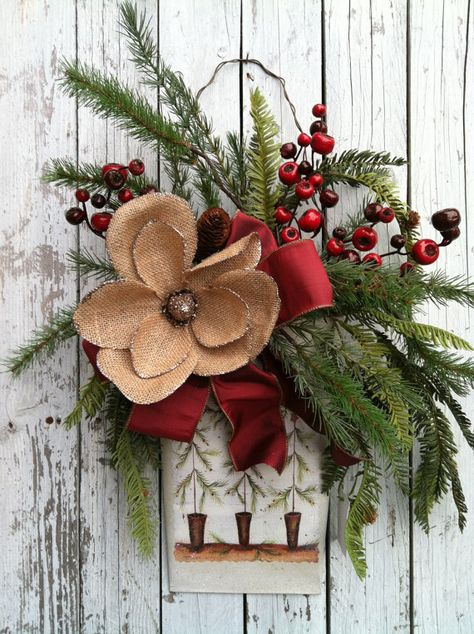 Christmas Door Wreath - Country Wall Tin with Pine -