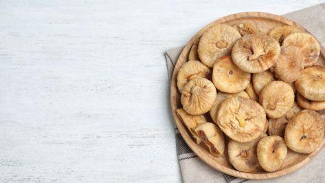 هل التين المجفف يحارب سرطان الثدي Food Desserts Cookies