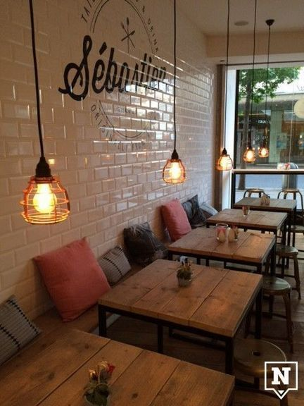 If You Would Like To Earn A Coffee Shop That Has The Cozy Room With The Pure Idea The Rustic Tables Will In 2020 Rustic Coffee Shop Restaurant Interior Cafe Interior