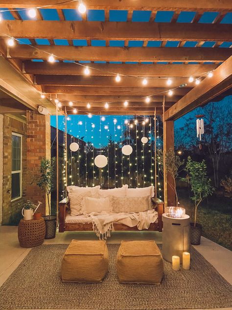 Pergola Design, Diy Pergola, Pergola Plans, Modern Pergola, Pergola Swing, Outdoor Pergola, Lights On Pergola, Pergola With Swings, Fire Pit Under Pergola