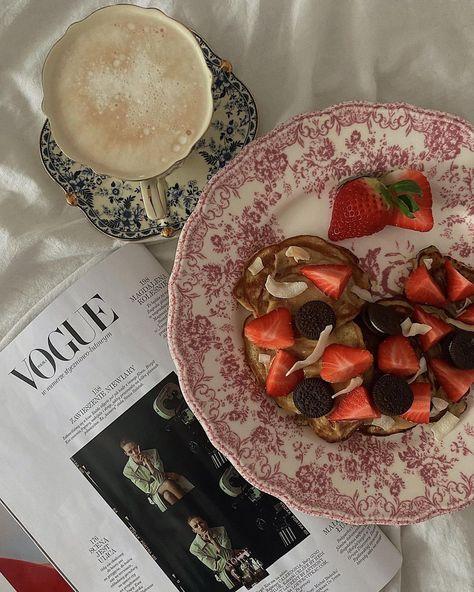 "Kinga 🕊 on Instagram: ""Friday breakfast 🍓 . . . . . . . . . . #breakfast #pancakes #strawberry #coffee #vogue #fridaymood #mood #white #gold #beige #neutral…"""