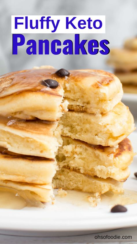 Keto Recipes 93324 These Fluffy Keto Pancakes made with almond flour, coconut flour and cream cheese are only net carbs per serving! These make a quick and easy keto breakfast option for busy or lazy days and they taste so good! Keto Cream Cheese Pancakes, Best Keto Pancakes, Sugar Free Pancakes, Coconut Flour Pancakes, Coconut Flour Recipes, Low Carb Pancakes, Low Carb Breakfast, Breakfast Recipes, Breakfast Casserole