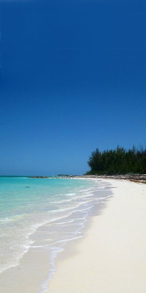 Sandy Point Beach, North Caicos, Turks and Caicos  🌤️ --------------- #caribbean #beaches #vacation #travel #coast #icelanddronephotography