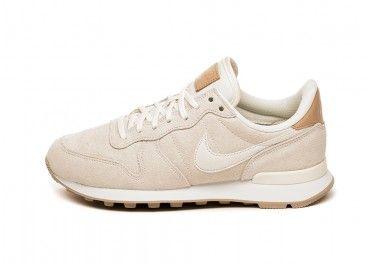 Nike Wmns Internationalist PRM (Pale Ivory / Pale Ivory ...