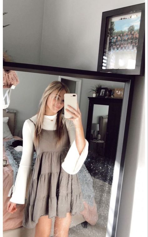 118 simply beauty teenager outfits ideas for the flawless look 63 Teen Fashion Outfits, Dope Outfits, Look Fashion, Outfits For Teens, Fashion 2020, Dressy Outfits, Fashion Ideas, Casual Church Outfits, Church Outfit For Teens