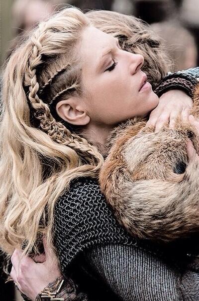 Tiffn On Frisuren Frauen Frisuren Und Viking Frisur