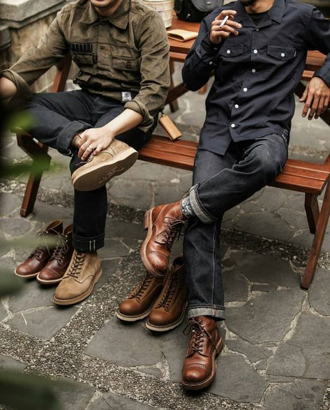 "The master room- Das Herrenzimmer thefunkydictator: ""fresh *"" - Gentleman Mode, Gentleman Style, Rugged Style, Stylish Men, Men Casual, Jamel, Mens Boots Fashion, Outdoor Fashion, Boy Fashion"