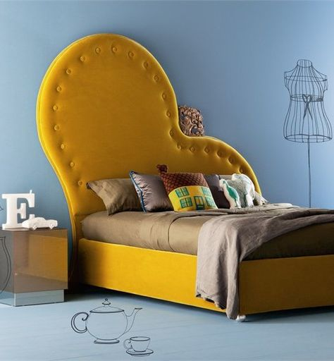 Double #bed with upholstered headboard VALENTINO by Creazioni #bedroom #yellow    this bed is soooooo kool but i think in purple or pink