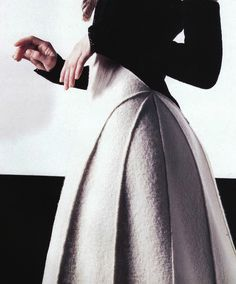 l´effet feutre の angela lindvall by karl lagerfeld for chanel felt skirt detail haute couture high fashion