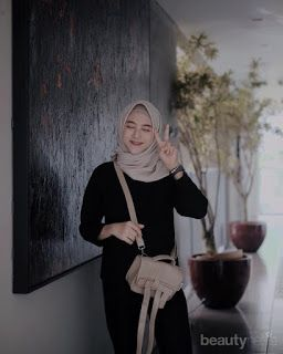Blue aesthetic modest hijab outfits. 180 Hijab Girl Aesthetic Photograpy Faceless 2020 Pinterest Hijab Aesthetic Aesthetic Photo And Video