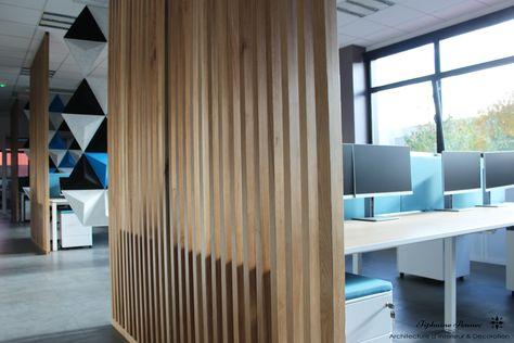 Bureau open space entreprise séparation ajourée bois moderne