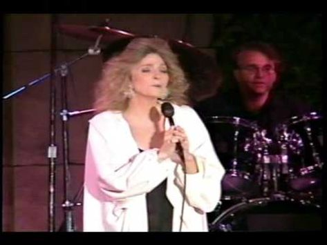 "Judy Collins - ""Send In The Clowns"""