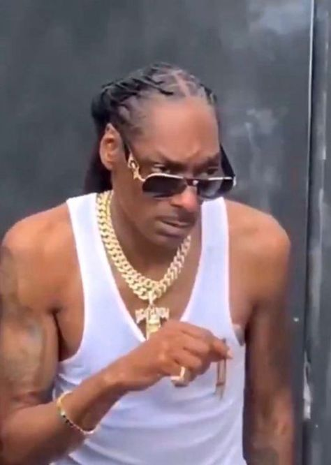 Funny Profile Pictures, Reaction Pictures, Snoop Dogg, Divas, Reaction Face, Current Mood Meme, Mood Instagram, Hip Hop Art, Mood Pics