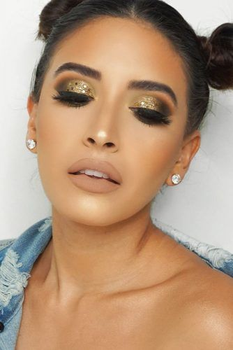 Olive Skin Tone Which Makeup Shades To Look For Glaminati Com Olive Skin Tone Makeup Olive Skin Tone Olive Skin Makeup