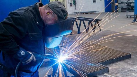Industrie-Aufträge brechen ein: Konjunktur-Schock!