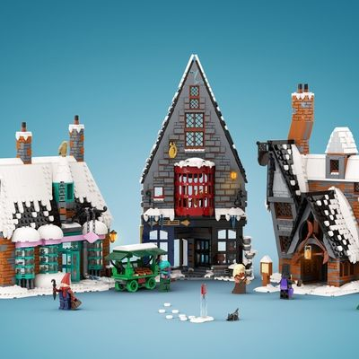 Lego Ideas Recreating A Magical Harry Potter Holiday Scene Winter In Hogsmeade Update In 2020 Lego Hogwarts Lego Winter Lego Winter Village