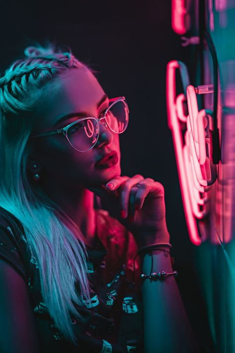 #pinit #pinterest #neonphotography #photography #portraitphotography #neon #beautiful