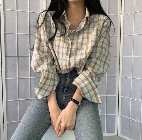 Girl classic wear aesthetic stylish fall 2021 sweet k-pop shopping vsco school