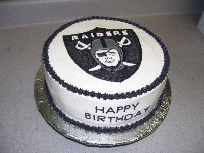 Oakland Raiders By Wahlenpanda on CakeCentral.com