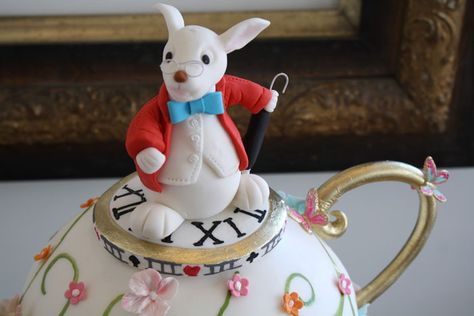 The White Rabbit Detail Of Custom Birthday Cakes Toronto Special Occasion Cakes Custom Birthday Cakes Cake Toronto
