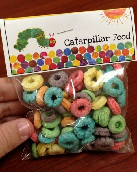61 Trendy snacks for party birthdays hungry caterpillar 1st Birthday Parties, Boy Birthday, Birthday Banners, 1st Birthdays, Birthday Invitations, Birthday Ideas, Hungry Caterpillar Craft, Classroom Treats, Chenille