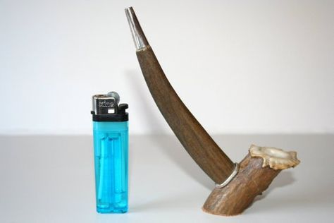 ap070 Hand-Crafted Deer Antler and Leather Smoking Pipe