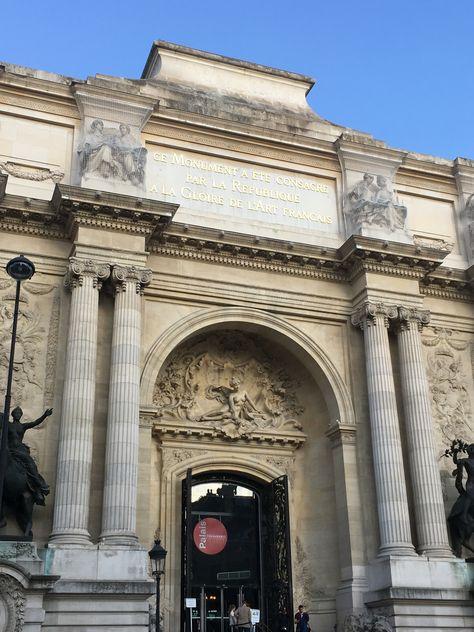 Entree Du Palais De La Decouverte Avenue Franklin Roosevelt