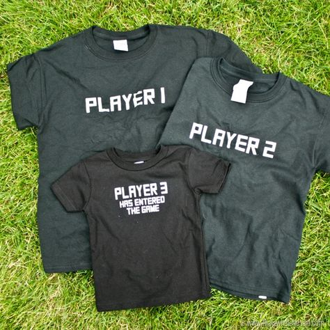 Sibling Gamer Shirts + Dozens of More Vinyl Projects! – That's What {Che} Said...