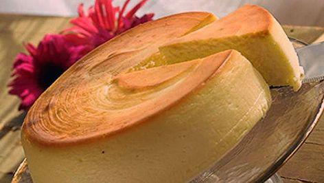 Photo of käsekuchen vom blech mit rosinen