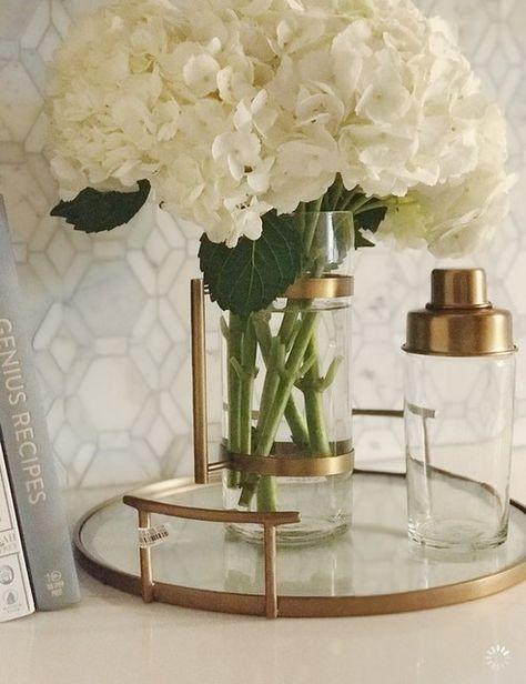 floral arrangement for living room